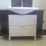 blackwhite przykład aranżacji mebli w łazience
