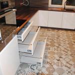capri piekarnik zabudowany w słupku w meblach na wymiar
