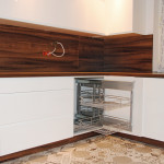 capri praktyczna wysówana półka w meblach na wymiar