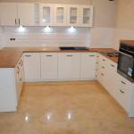 flavio widok na całą kuchnie z realizacją mebli kuchennych na wymiar