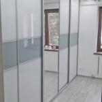 wardrobe duża szafa ze szklanymi drzwiami montaż opole